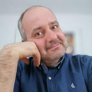 Portraitfoto von Fabian Hatwagner